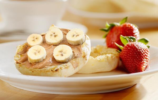 English Muffins with Peanut Butter & Banana - High Fibre Recipes